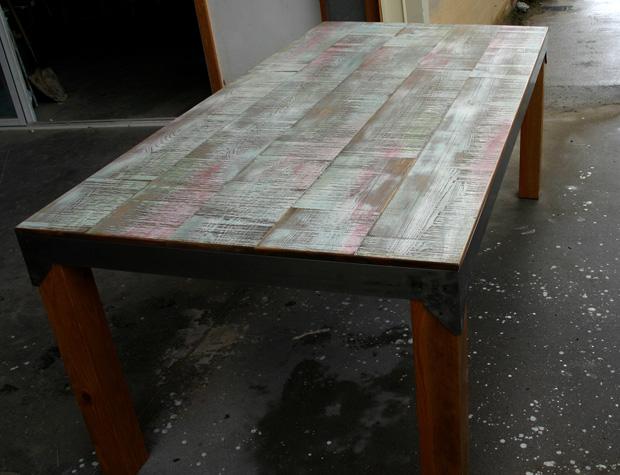 Mesa de comedor de 200×100 cm.