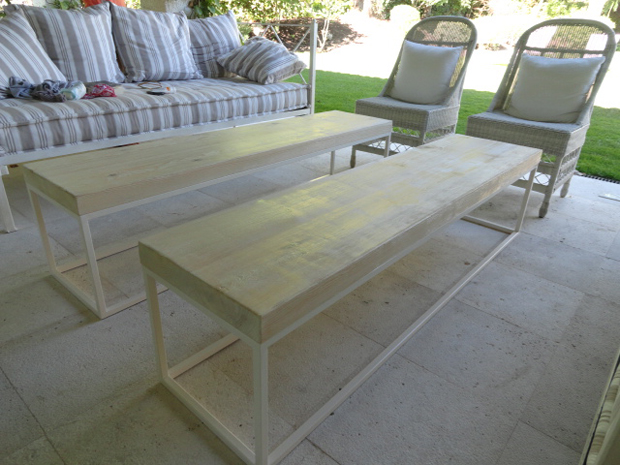 Mesas y consola personalizadas